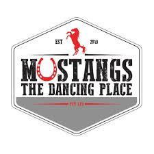 Danny Smoke & Band @ Mustangs