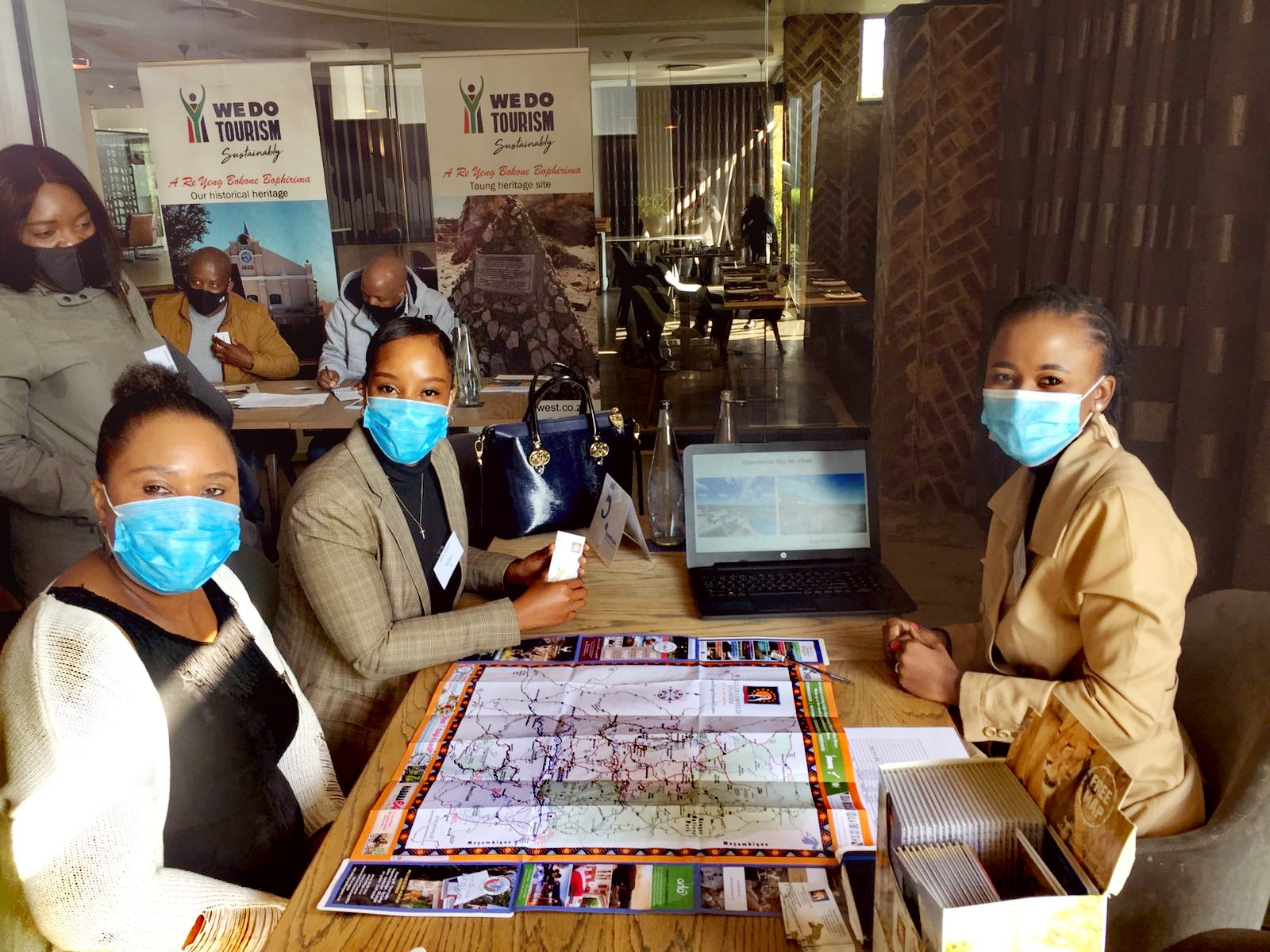 Kruger Lowveld connects with agents at Travel People Jo'burg