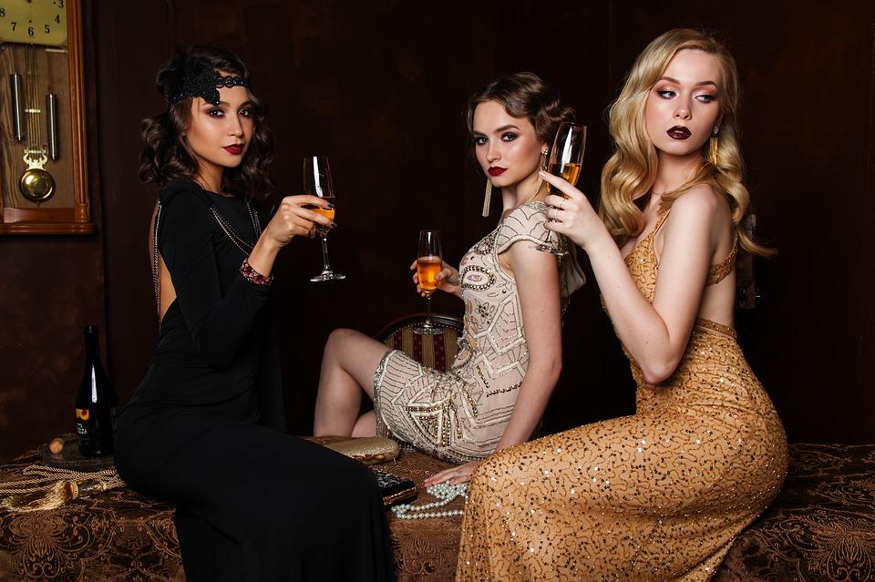 Rooikat Liquors Ladies Night @ Mustangs